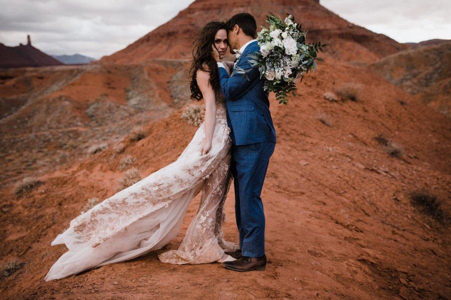 moab-utah-spacenet-galia-lahav-desert-elopement-wedding-photographer-40